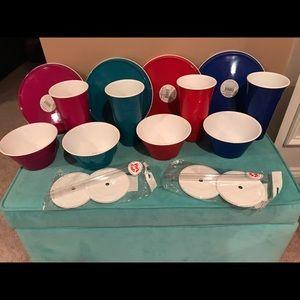 New Plastic dinnerware